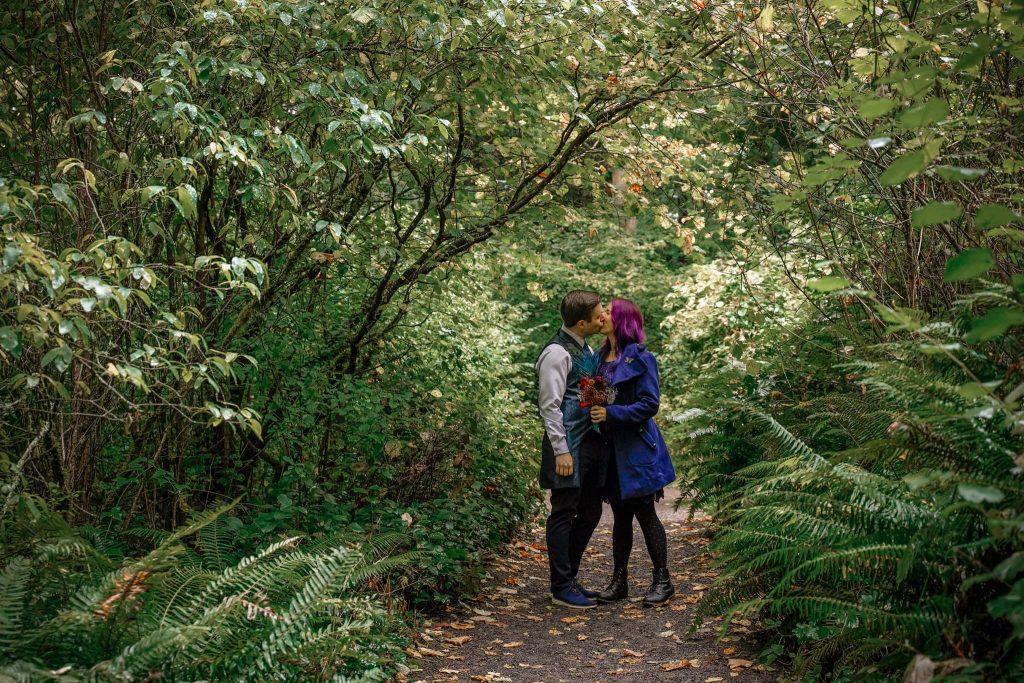 portland wedding photography at hoyt arboretum