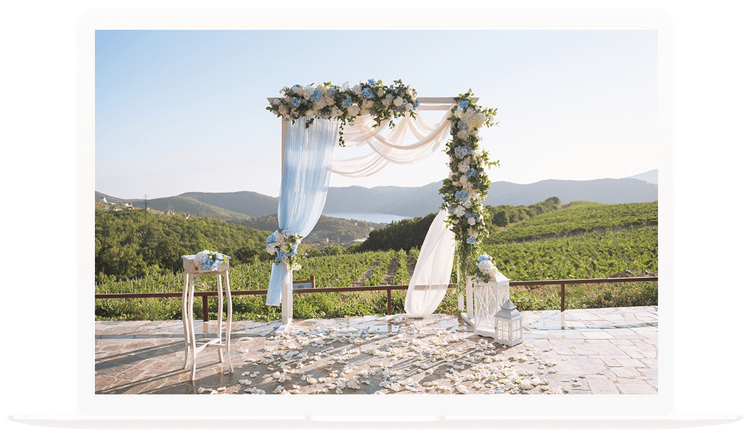 Wedding arch and planner for Lake Tahoe weddings